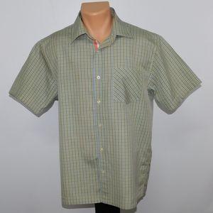 Robert Graham short sleeve button down shirt. L